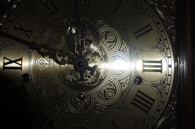 comment réparer une horloge